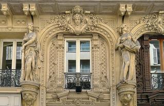 La rue et ses facades_bibliocité.jpg