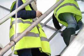 Accès au chantier par l'escalier temporaire